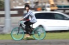 Велосипедистам хотят запретить ездить в наушника и говорить по телефону