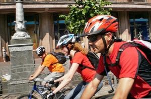 Велосипедисты вновь стали первыми