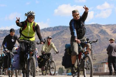 13-ый общесибирский первомайский велопробег барнаульцы удивили обилием фэтбайков