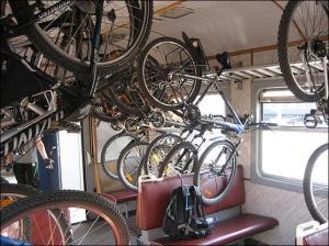 В электричках Алтайского края разрешили провозить бесплатно велосипеды
