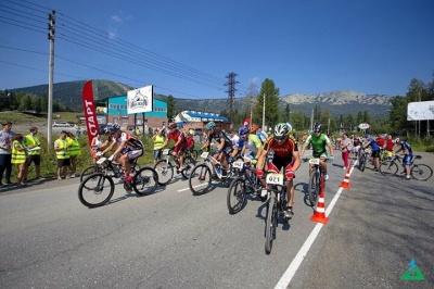 """Призовые месте на велофестивале """"Второе Дыхание"""" дались алтайским спортсменам не легко"""