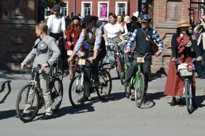 На ближайшие выходные в Бийске запланирован ретро велопробег
